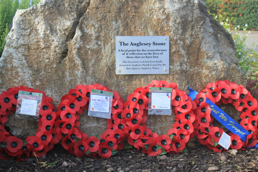 Photo Wreaths At The Anglesey Stone7